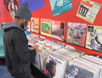 Resurgence of vinyl gives record stores new life